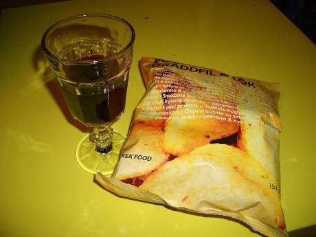 wine and crisps