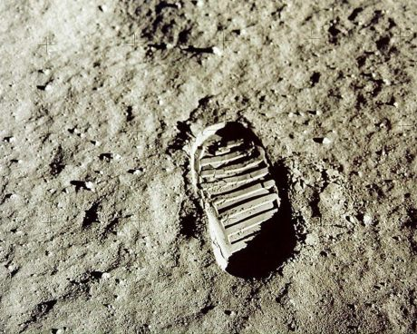 moon footprint neil armstrong 21 June 1969