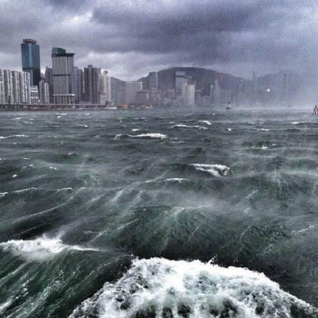 typhoon usagi 2013 0922 whatthefhk-wordpress-com