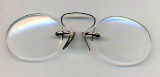 pince-nez hoopspring spectacles